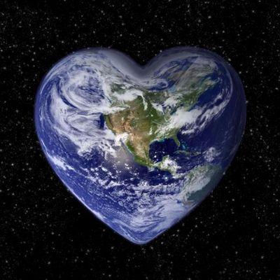 Liefde voor Moeder Aarde, omhels de engelin die ons hier laat leven